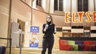 Digitale Startups, IT-Mittelstand und Teilnehmer tauschten sich in der digitalCHURCH intensiv zu digitalen Lösungen für die Bau- und Immobilienbranche aus. Foto: Sabine Schmidt, das-design-plus.de