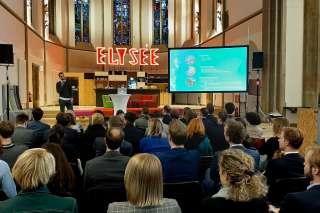 YET 2019 - Jan Müller stellt den digitalHUB vor