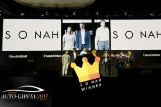 Thomas Grimm gewinnt für SONAH den Pitch-Wettbewerb des Auto-Gipfels 2017